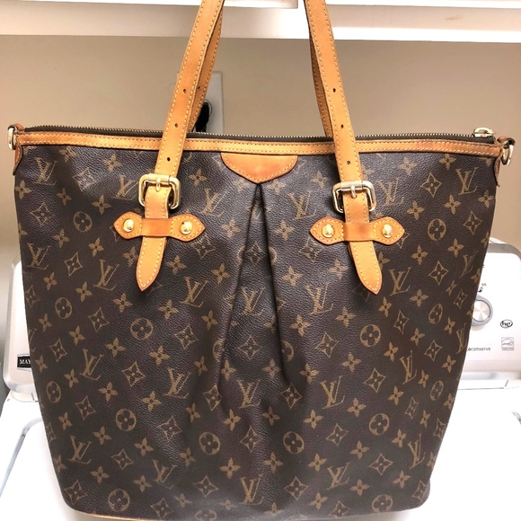 8303e4715e Louis Vuitton Handbags - LOUIS VUITTON WOMEN MONOGRAM PALERMO GM